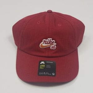 Nike Adjustable Fit Hat